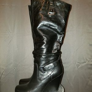 Guess Blk Geniune Leather Mabele Boots. SZ 7.